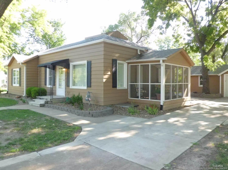 1315 Roach Street, Salina, KS 67401