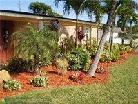 5815 South Farragut Dr, Hollywood, FL 33021