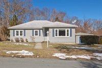 89 Lexington Ave, Dartmouth, MA 02747