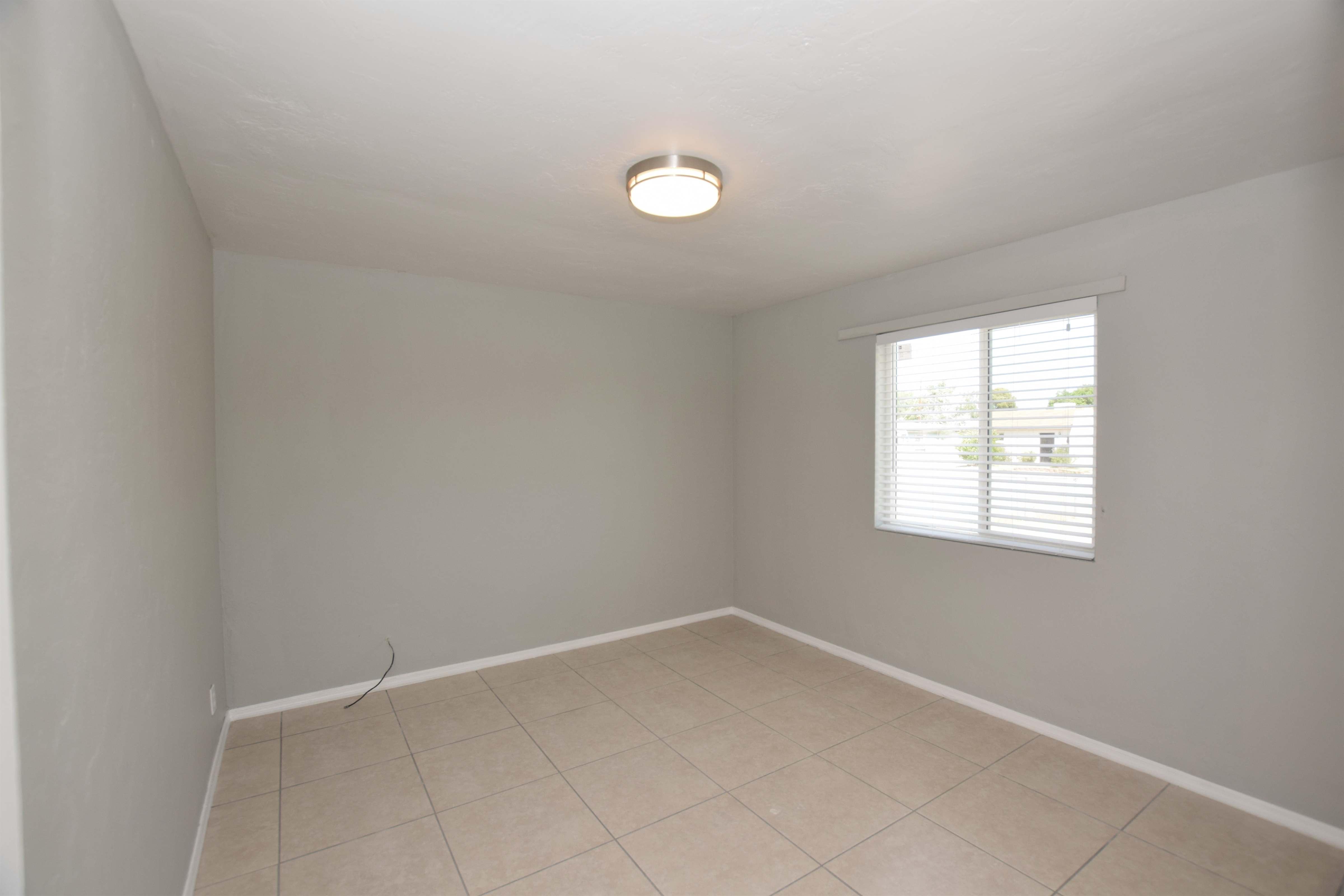 909 W Calle Francita, Tucson, AZ 85706