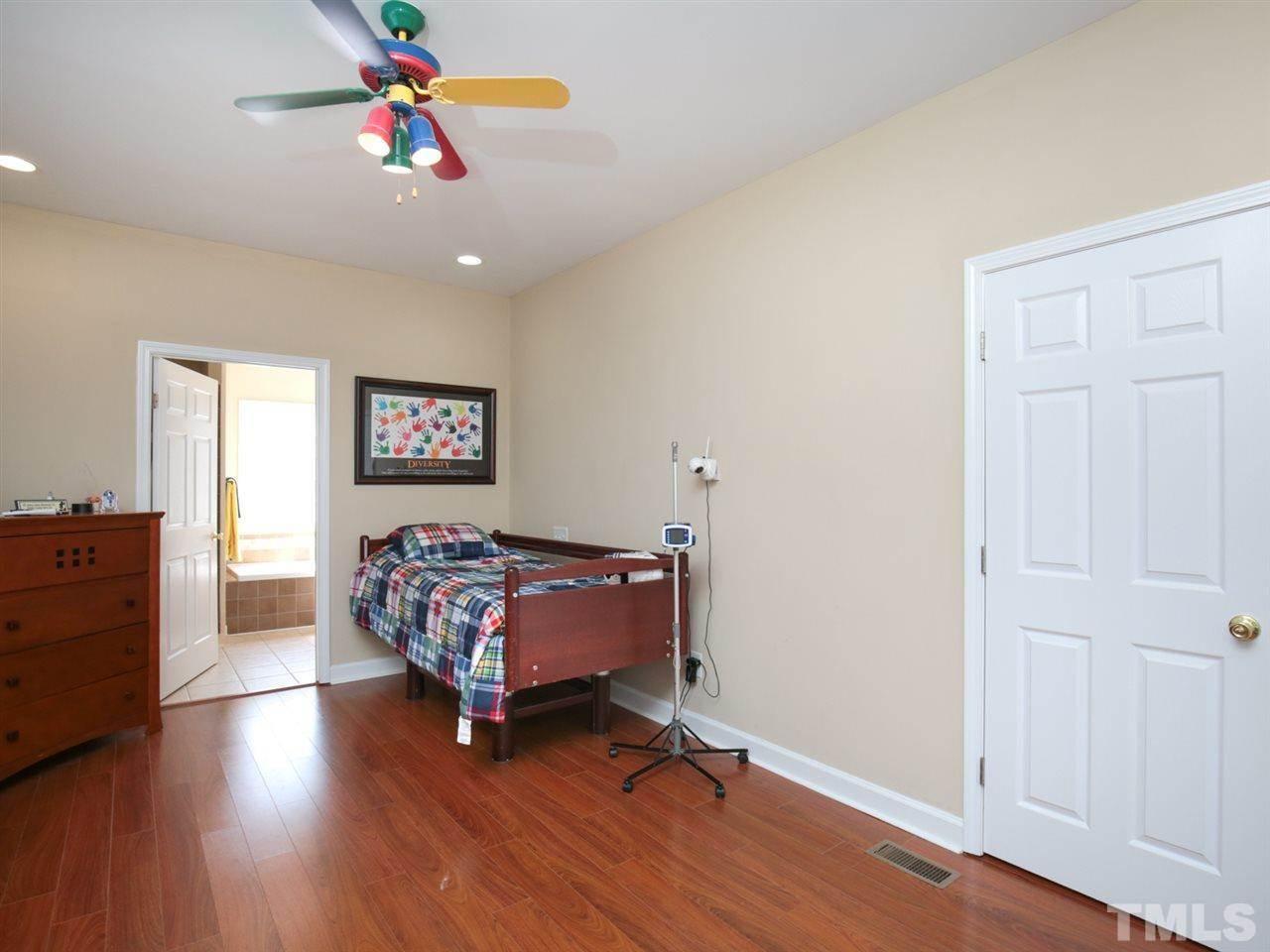 2707 Knightwood Road, Fuquay Varina, NC 27526
