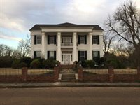201 Margin Street, Grenada, MS 38901