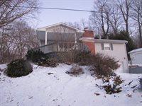 6768 Purity Rd, Sants Louisville, OH 43071