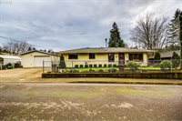 548 SW Dogwood Rd, Estacada, OR 97023
