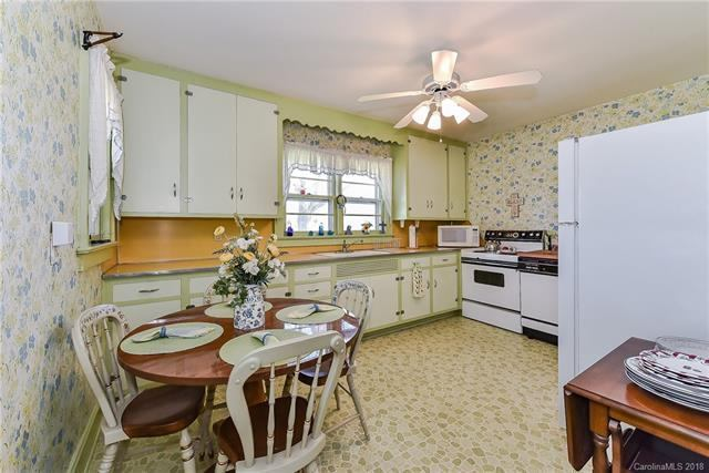 4131 County Home Road, Conover, NC 28613