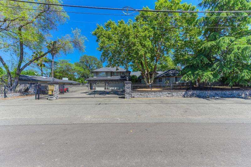 8016 Sunrise Boulevard, Citrus Heights, CA 95610