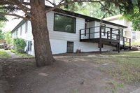 1105 10th St NW, Minot, ND 58703