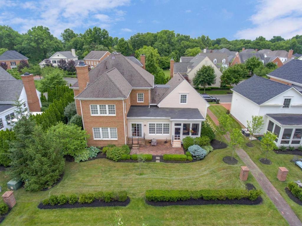 3 Pickett Place, New Albany, OH 43054