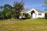 22 Thompson Rd, Veazie, ME 04401