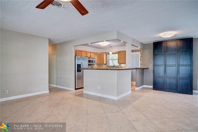2124 NE 63rd Ct, Fort Lauderdale, FL 33308