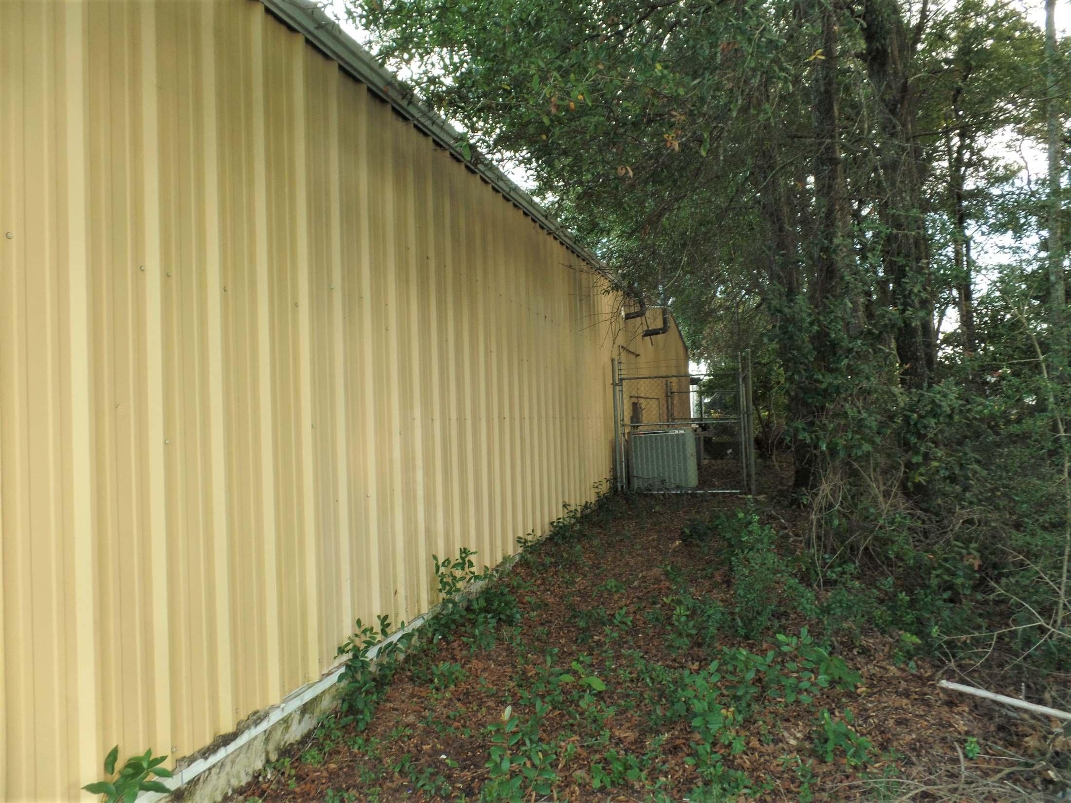108 South Main Street, Crestview, FL 32536