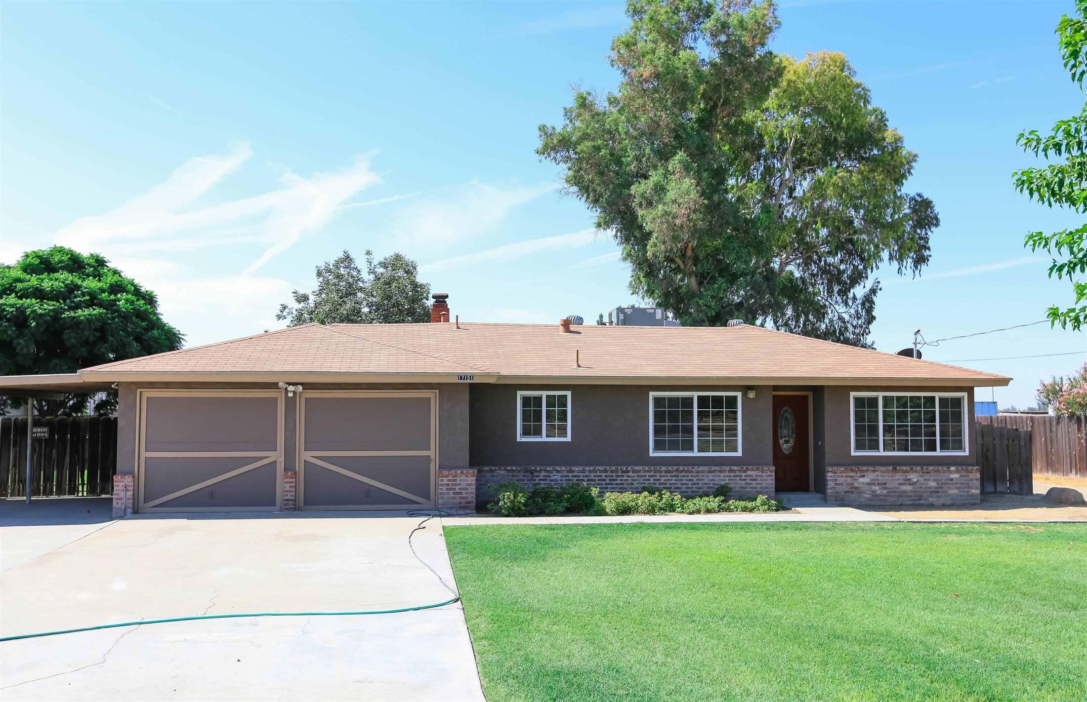 17151 Iona Ave, Lemoore, CA 93245