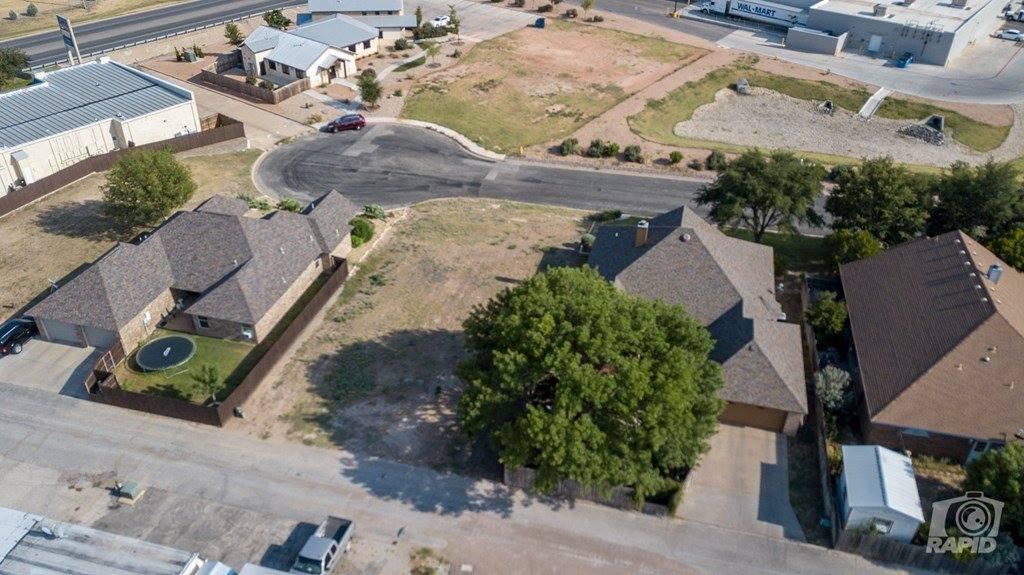 2610 Oak Hills Tr, San Angelo, TX 76904