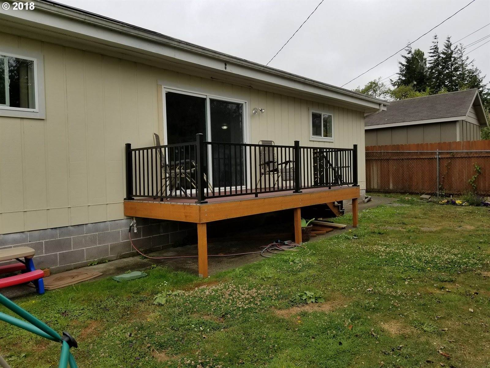 2164 State St, North Bend, OR 97459