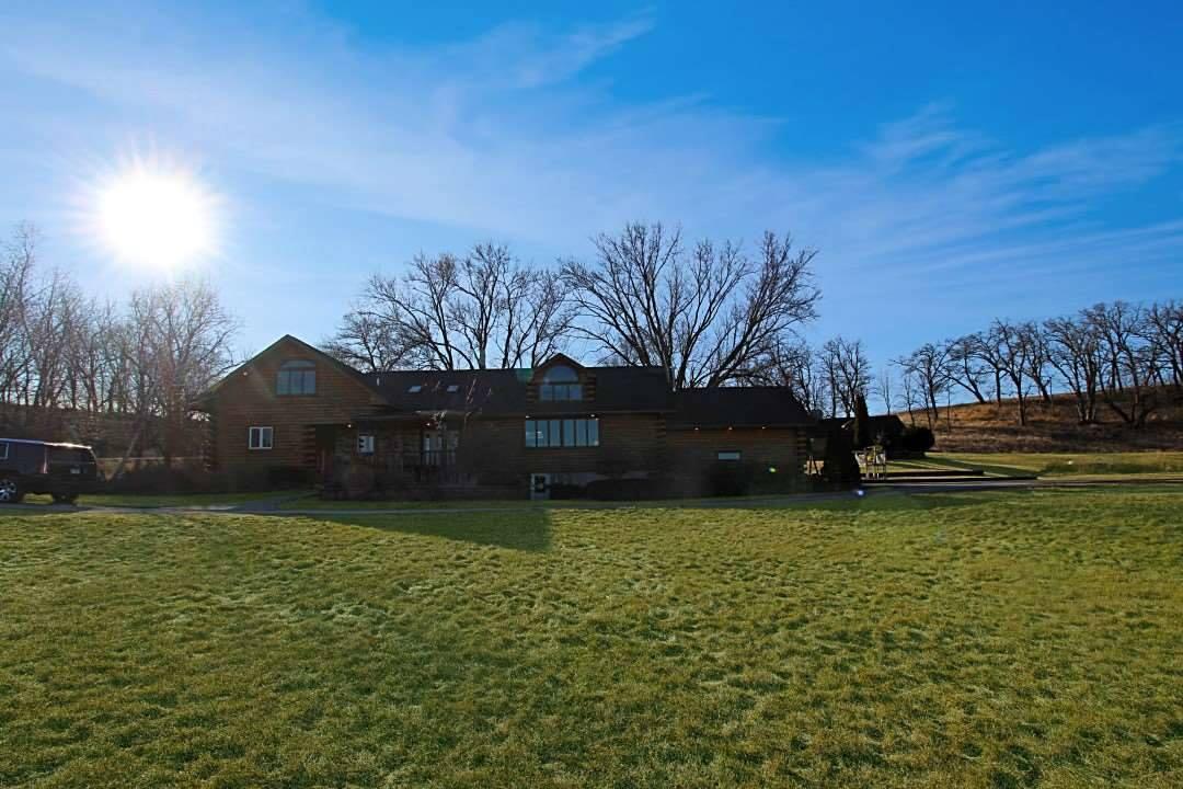 5646 N Mt Vernon Road, Forreston, IL 61030