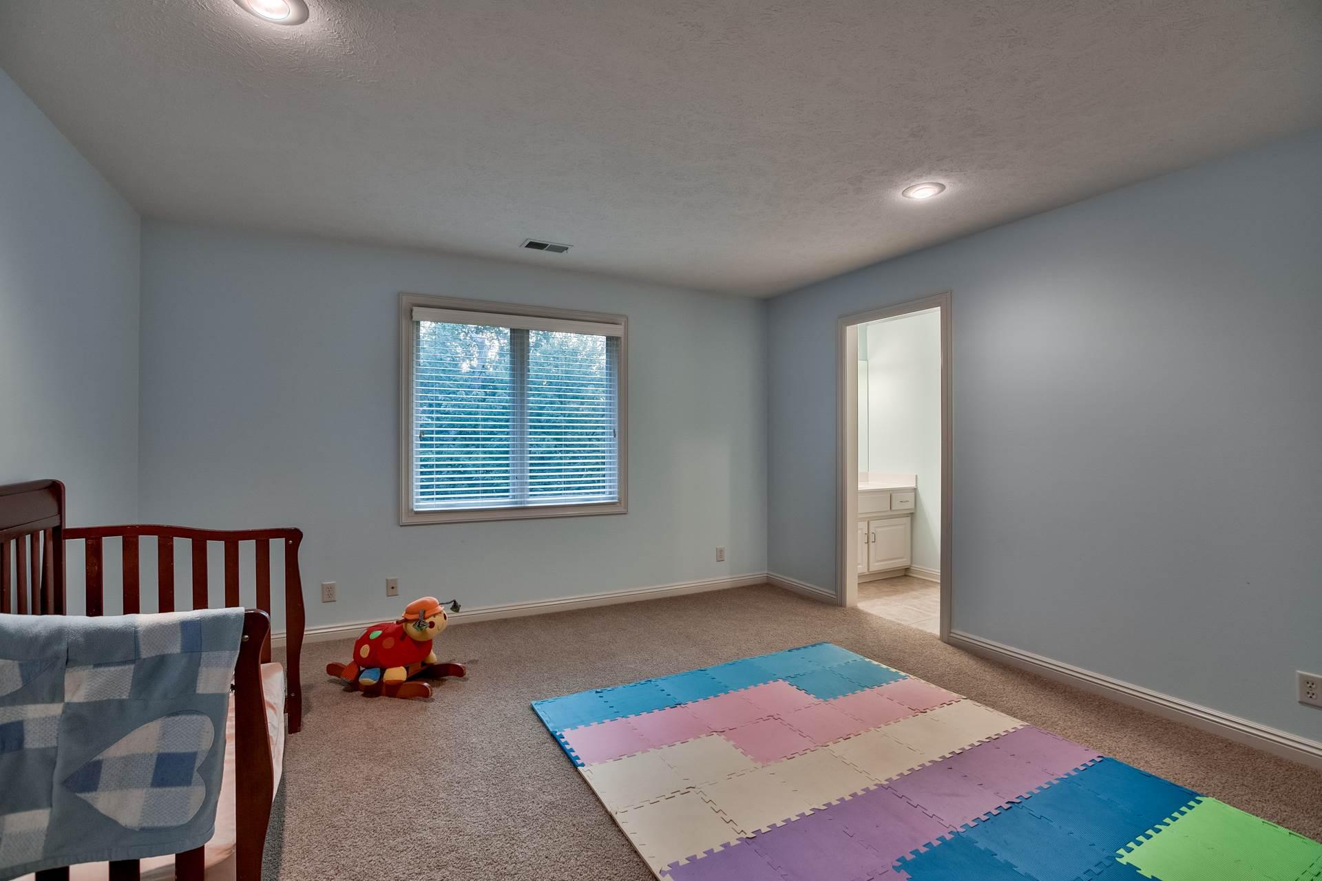 802 South 182 Street, Elkhorn, NE 68022
