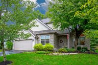 5494 Bullfinch Dr, Westerville, OH 43081