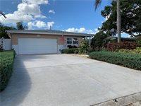 10365 Valencia Road, Seminole, FL 33772