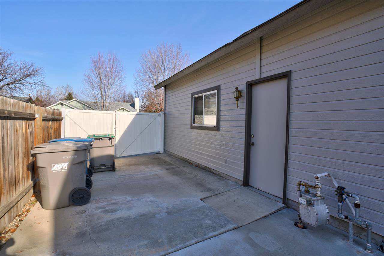 9949 West Whirlaway, Boise, ID 83704