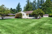 224 NE 8th St, North Bend, WA 98045