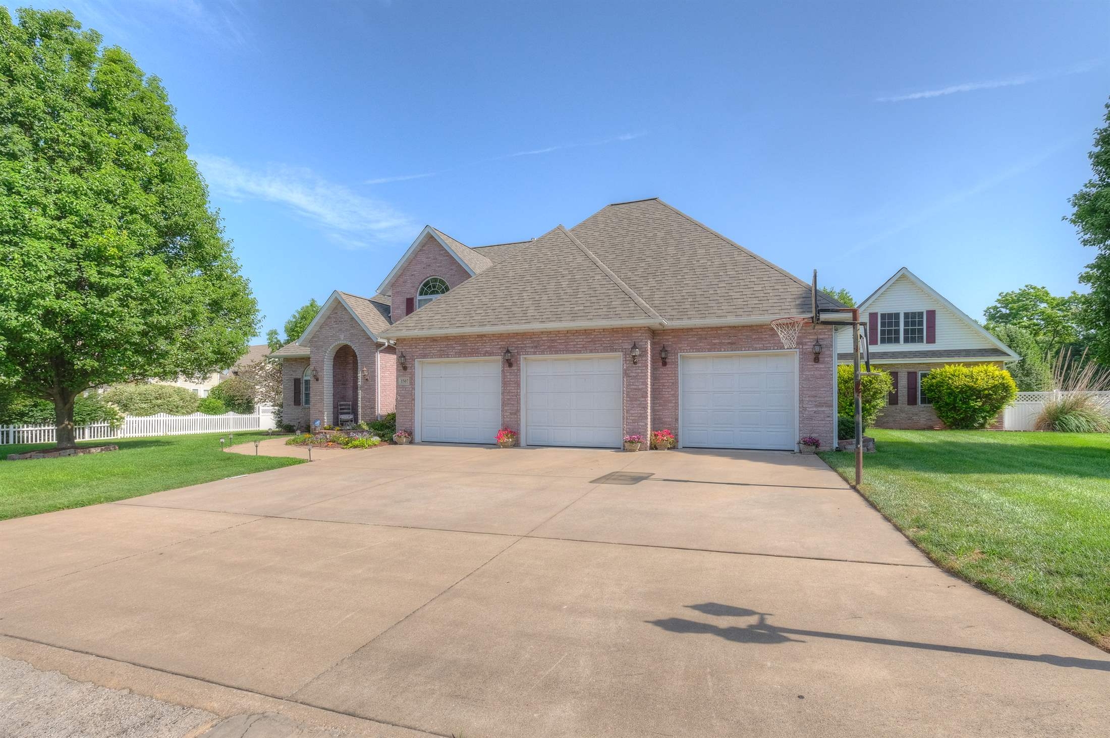 1507 Shawn Drive, Webb City, MO 64870