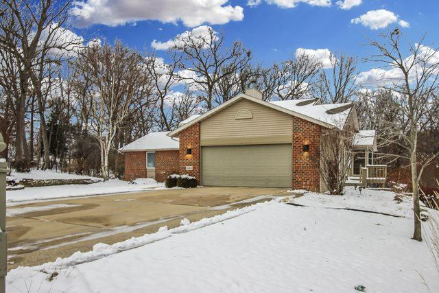 1669 Barberry Circle, Freeport, IL 61032