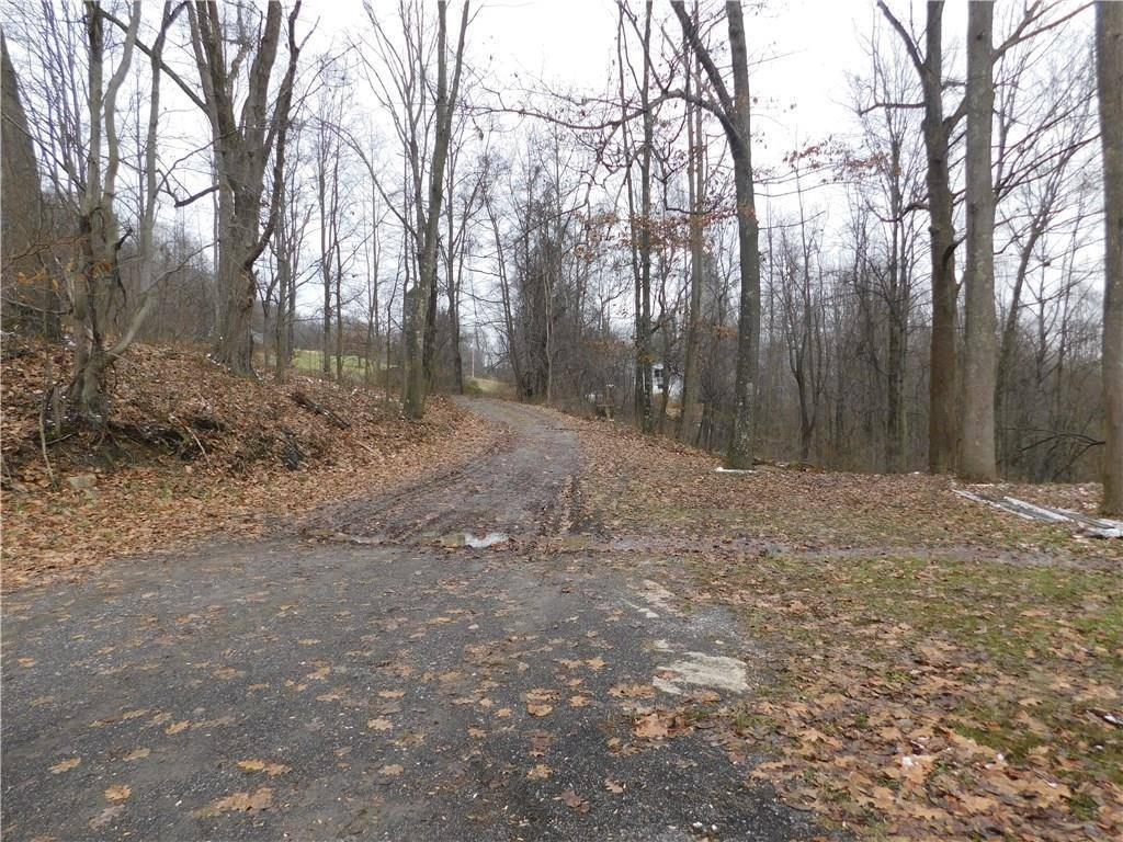 123 White Drive, Washington Township - ARM, PA 16210