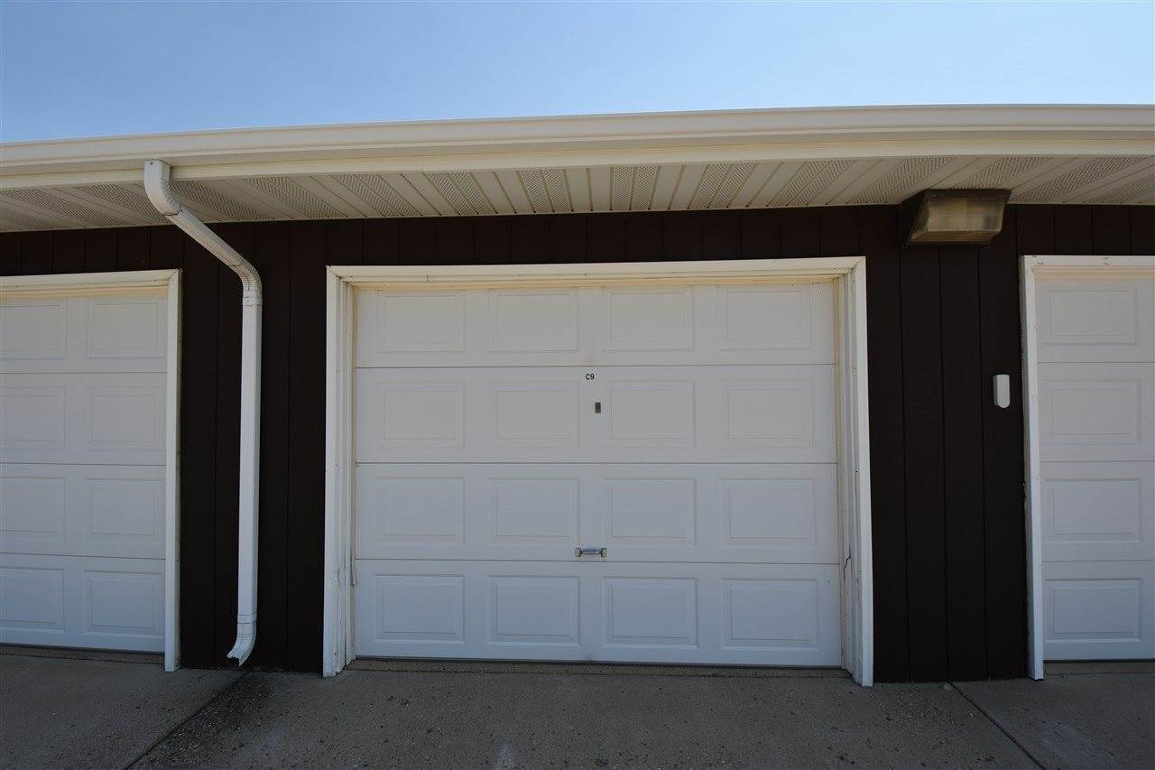 1000 20th Ave NW, Minot, ND 58703