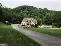 650 Downhill Drive, Westminster, MD 21157