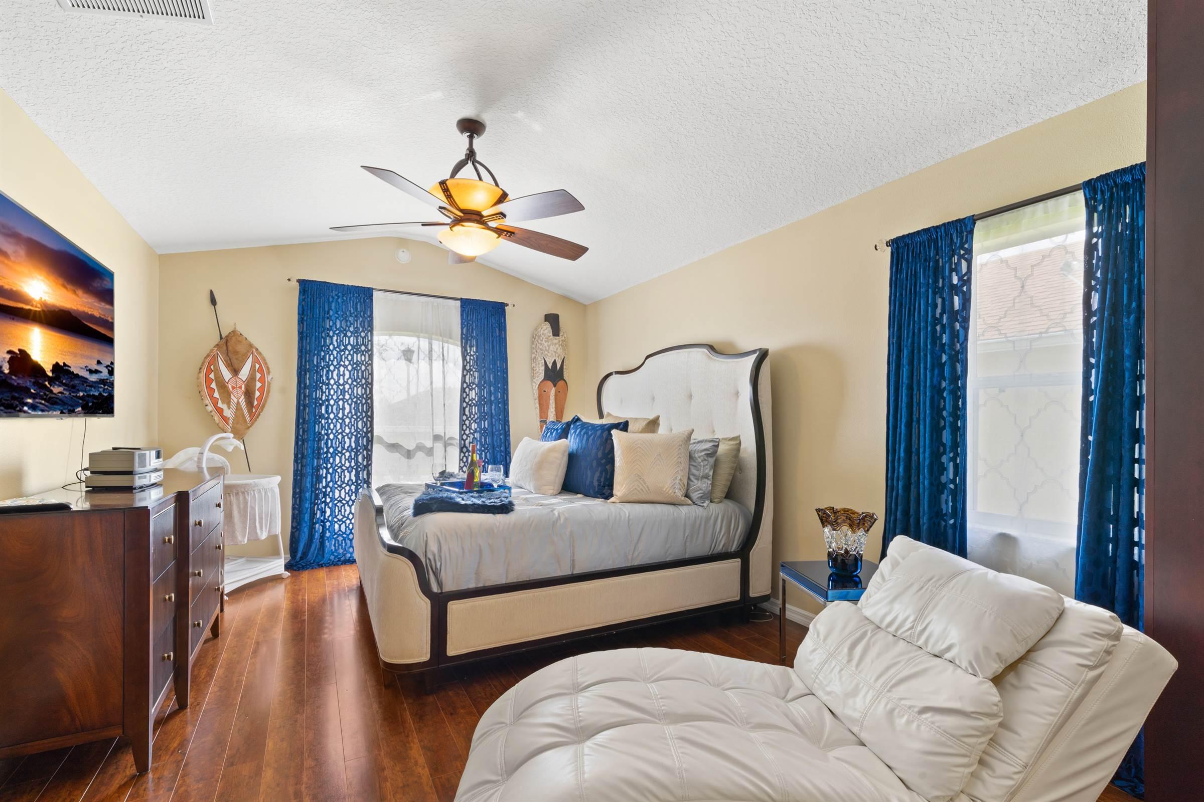 503 Lake Sumner Drive, Groveland, FL 34736