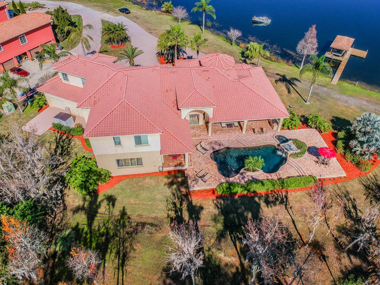 2124 North Lake Eloise Drive, Winter Haven, FL 33884