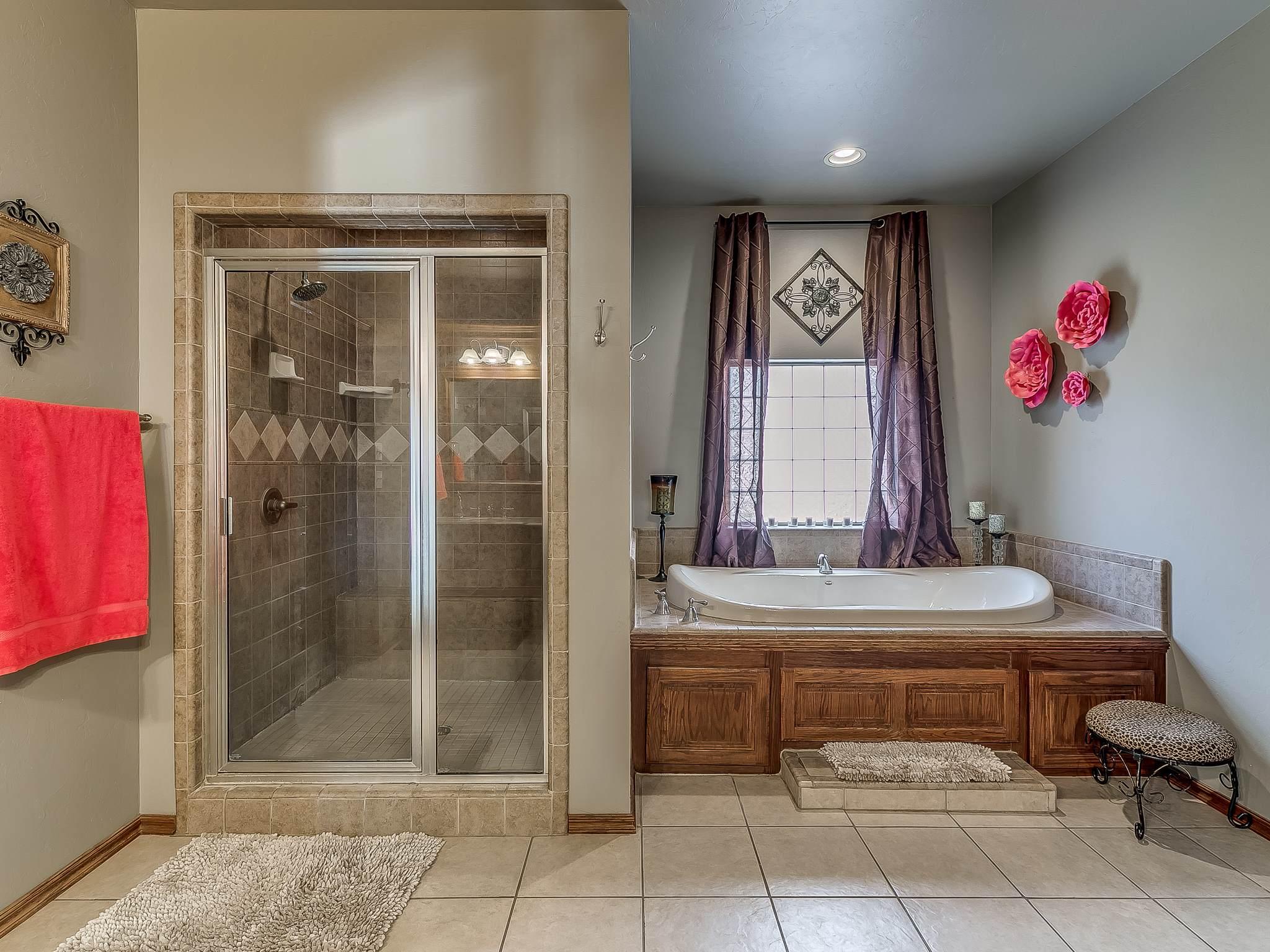 823 Choctaw Vista, Choctaw, OK 73020