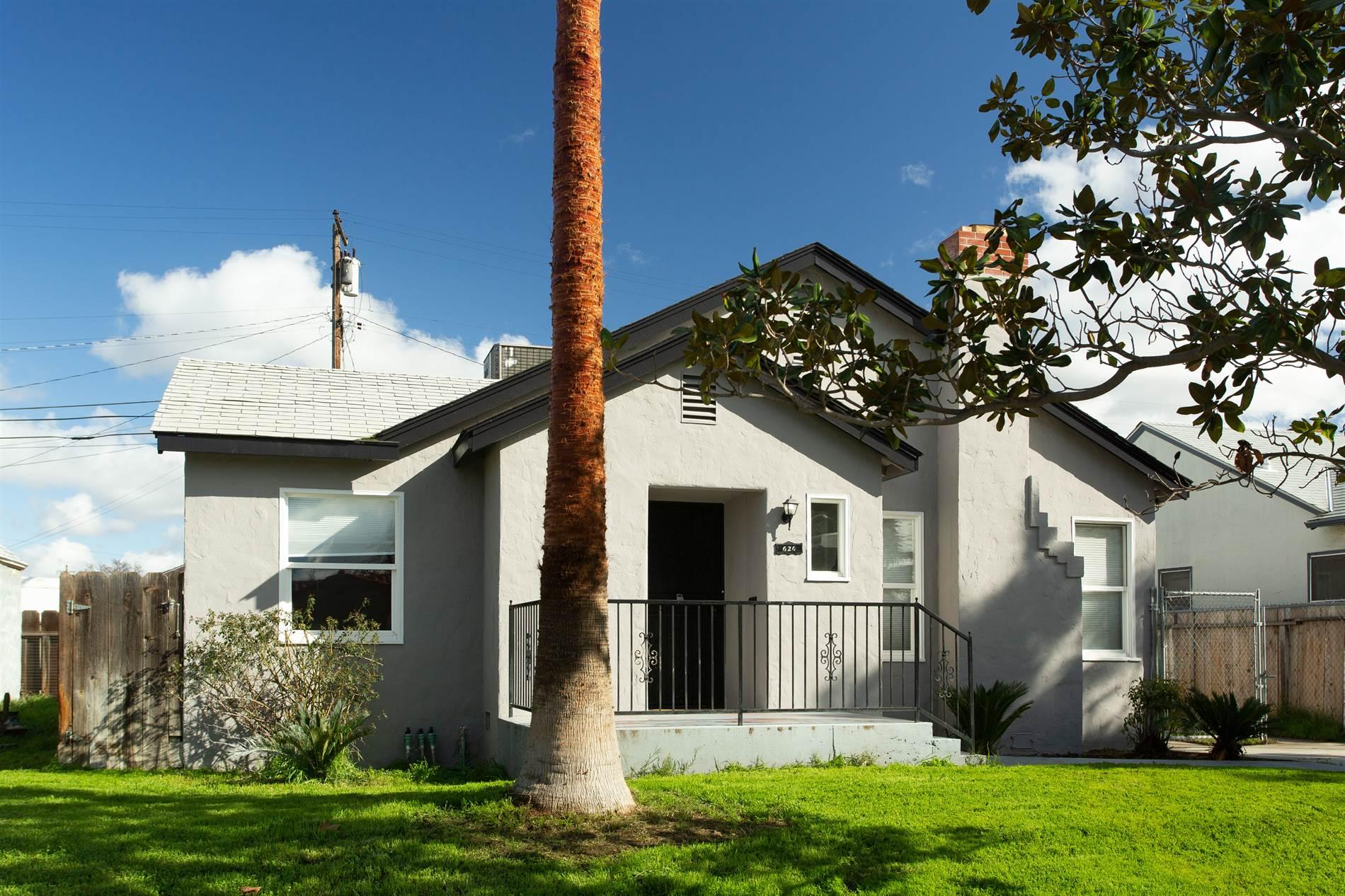 626 N. Safford Ave., Fresno, CA 93728