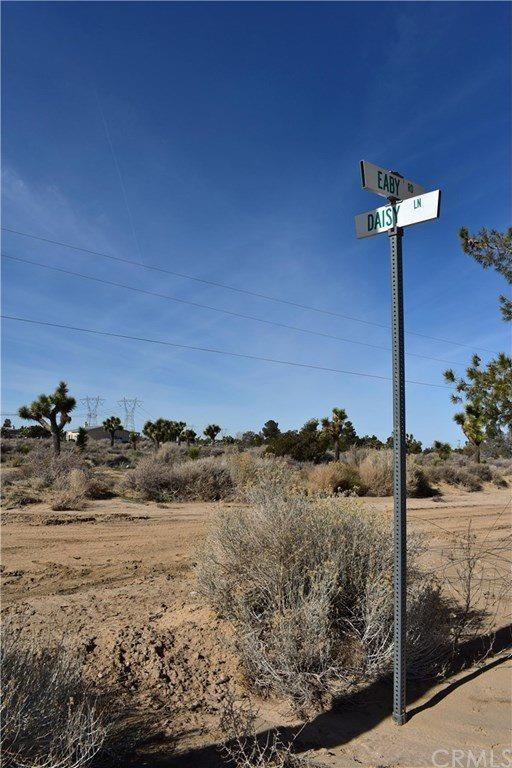 5680 Daisy Lane, Phelan, CA 92371