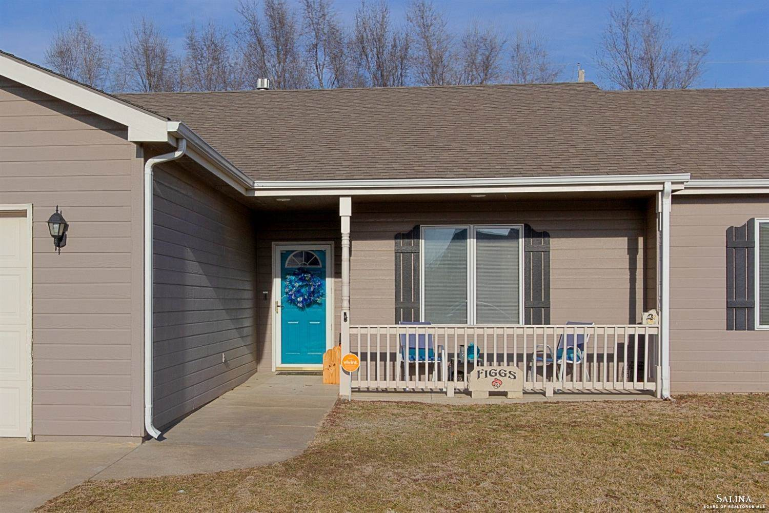 1214 Republic Circle, Salina, KS 67401