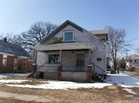 215 North 11th Street, Salina, KS 67401