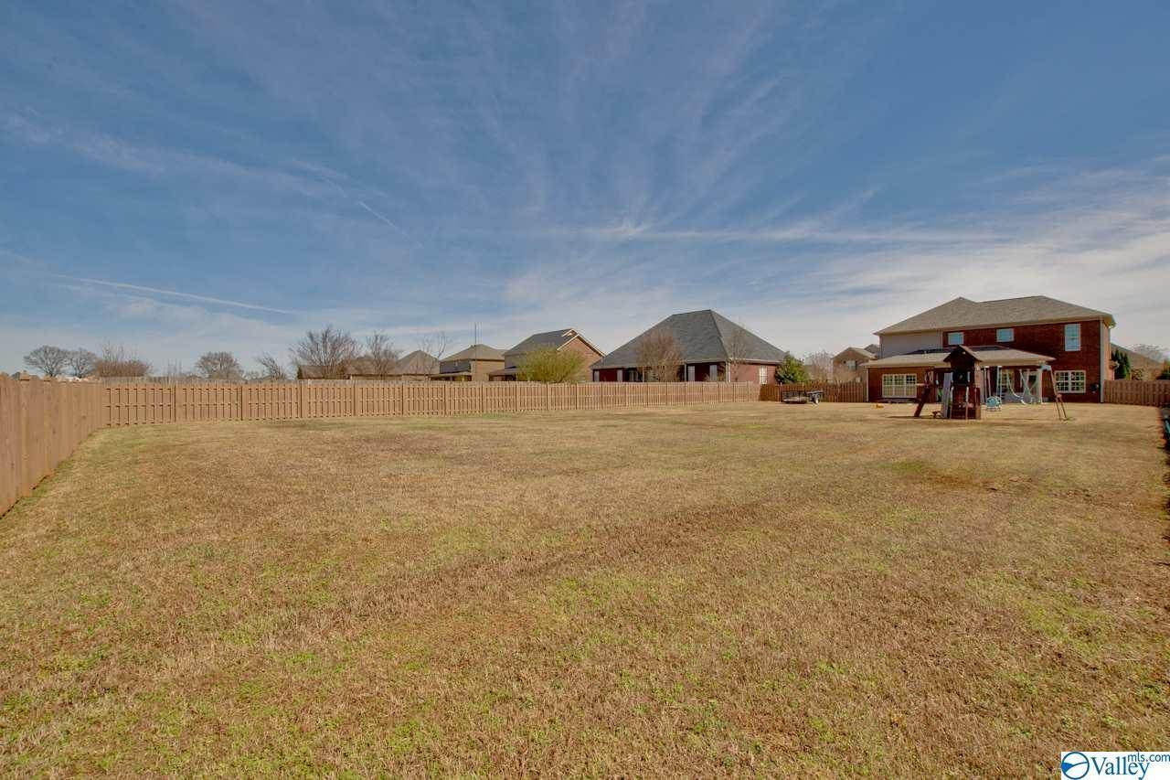 316 Spencer Lakes Drive, Meridianville, AL 35759