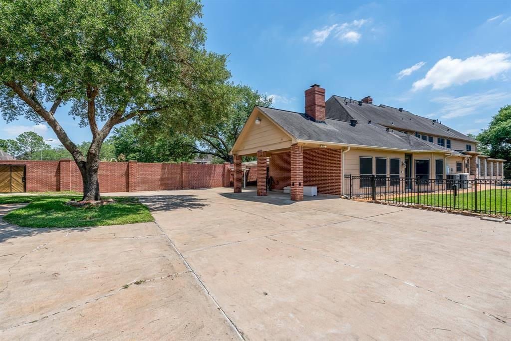 1422 Fry Rd, Katy, TX 77450