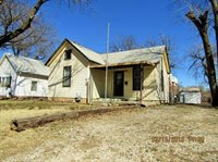 649 South 4th Street, Salina, KS 67401