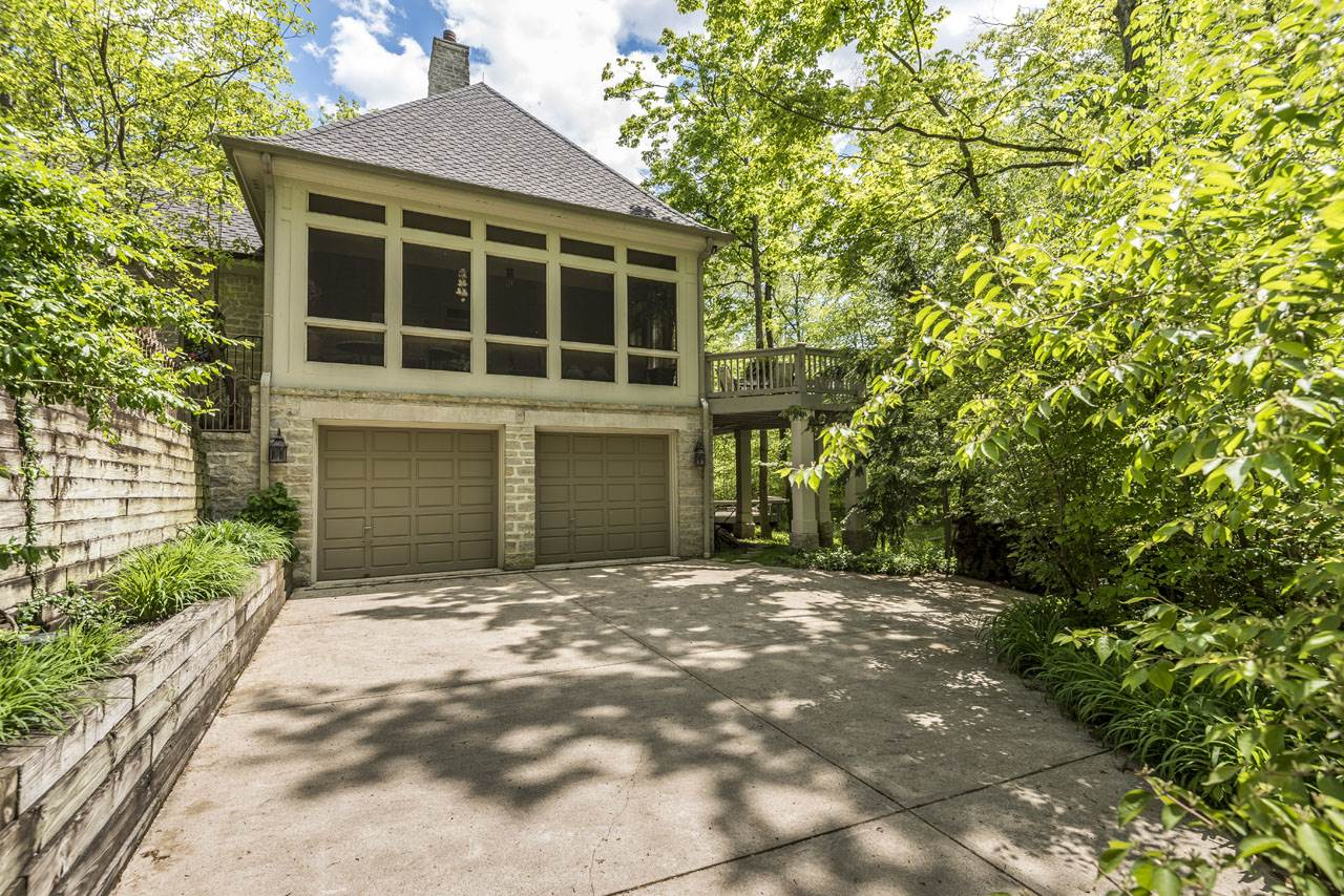 4885 Paddington Way, Powell, OH 43065