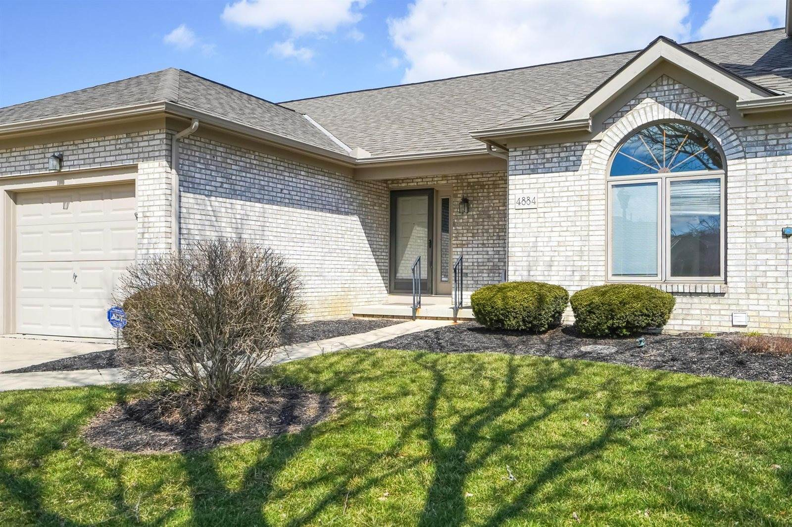 4884 Bay Grove Court, Groveport, OH 43125