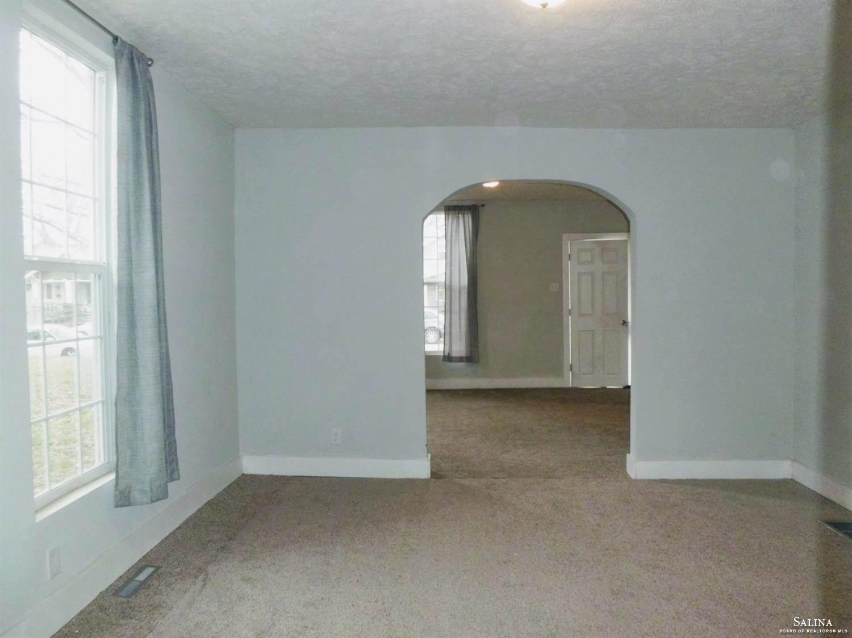 614 Park Place, Salina, KS 67401