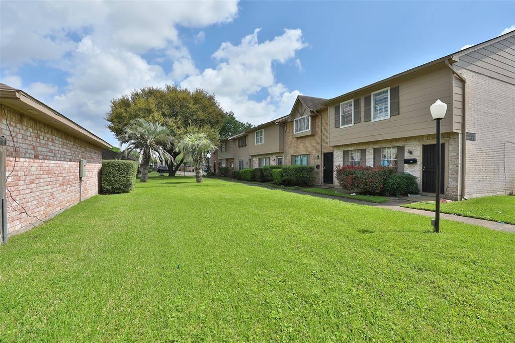 12445 Sharpview Drive, #2445, Houston, TX 77072