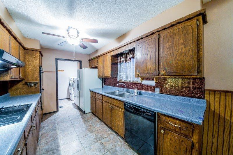 1215 S Highland Avenue, Cushing, OK 74023