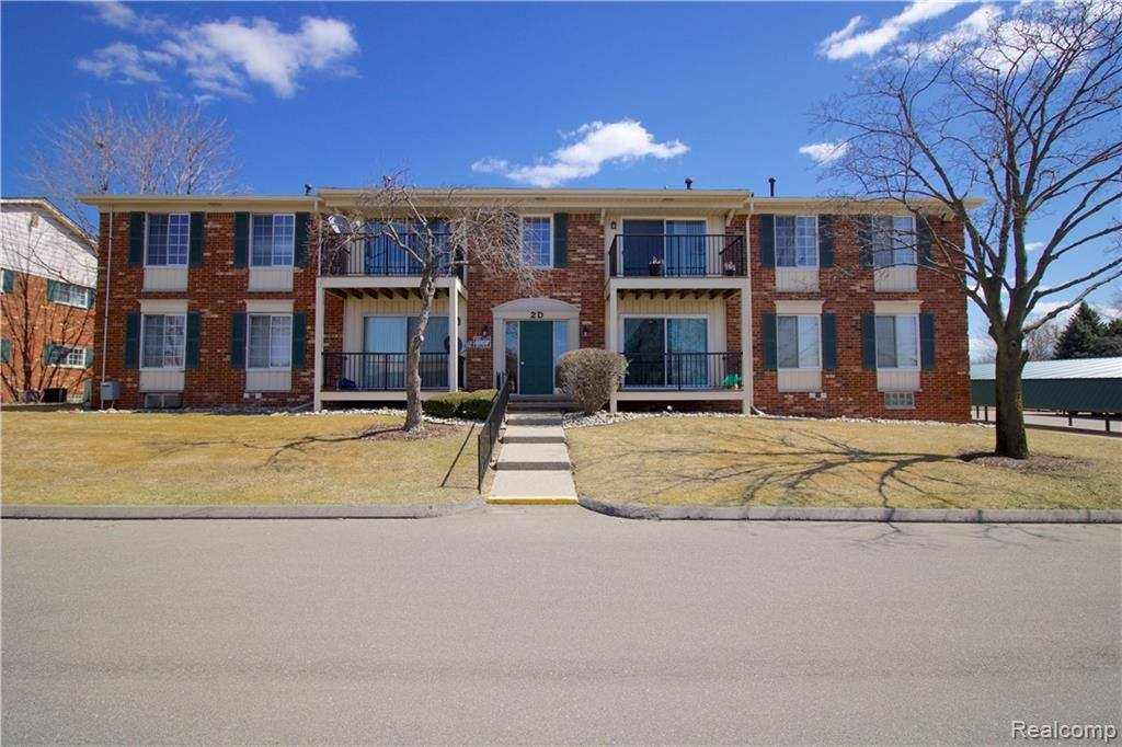 34763 Maple Lane Drive, #57, Sterling Heights, MI 48312