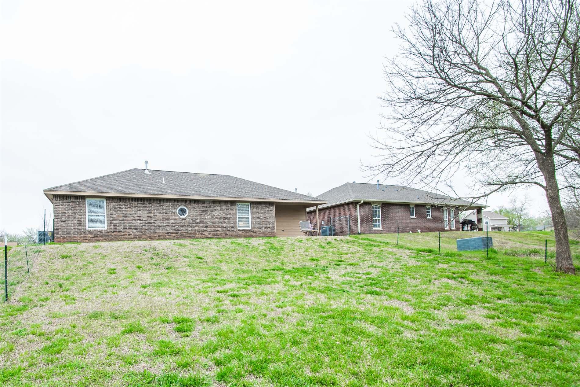 2322 E Sycamore, Stillwater, OK 74075
