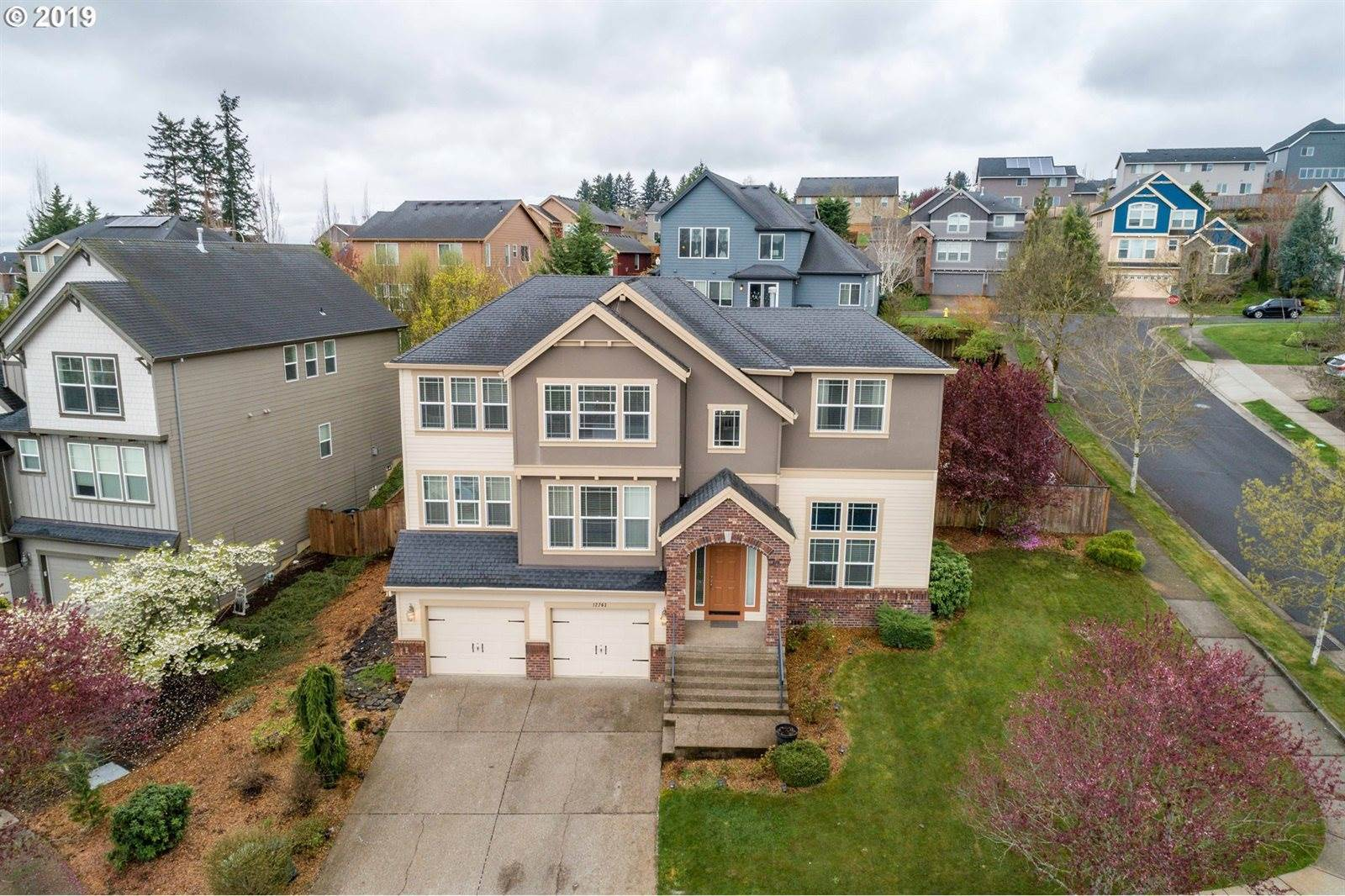12763 SE Sunrunner Ct, Happy Valley, OR 97086