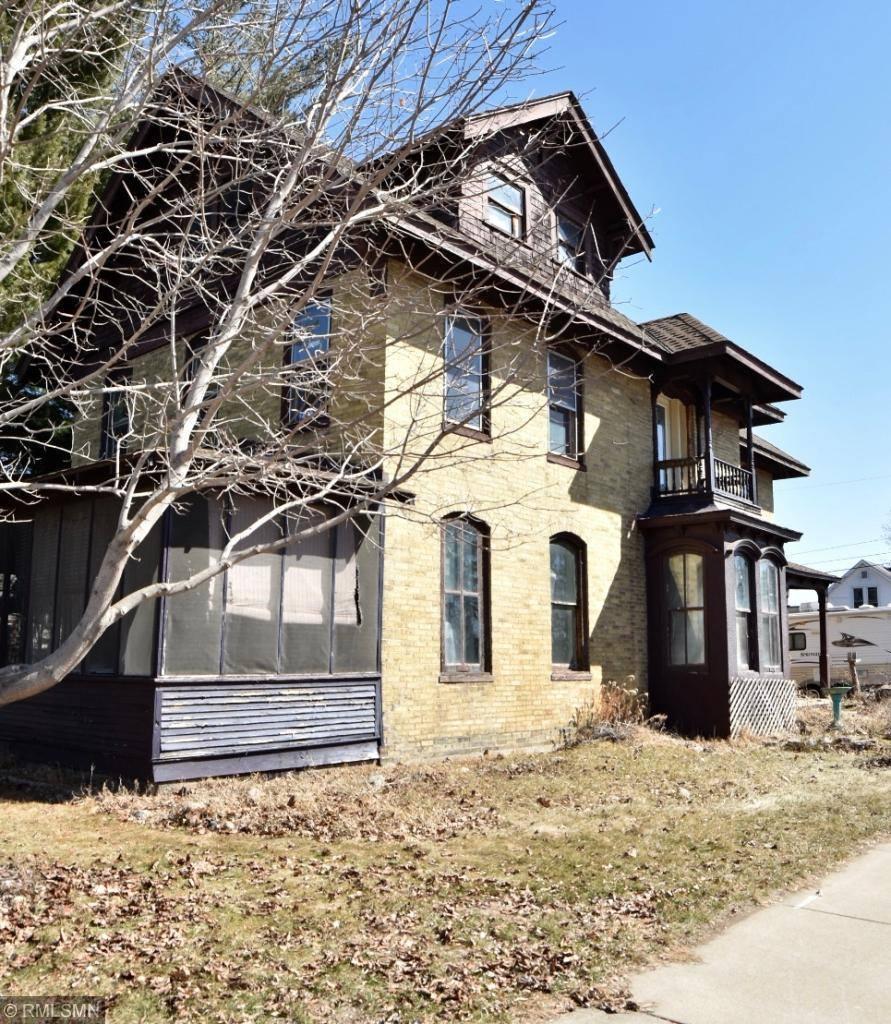 403 1st Avenue NE, Little Falls, MN 56345