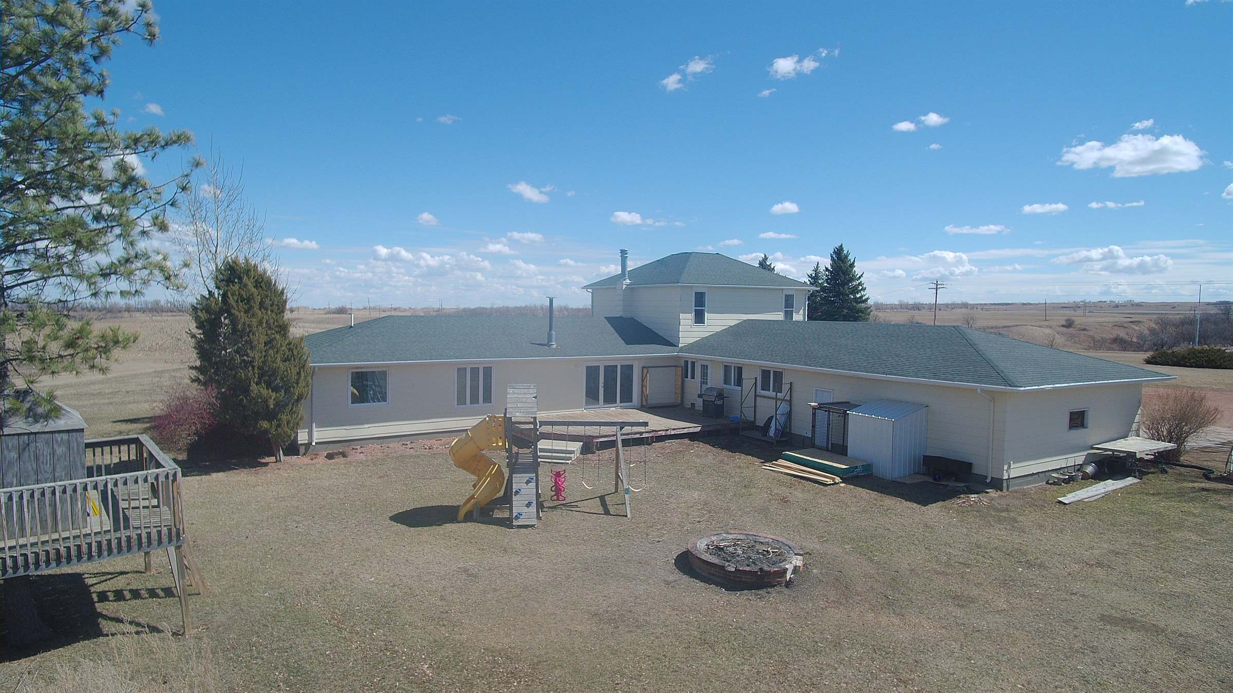 15201 261st Ave SE, Sawyer, ND 58781