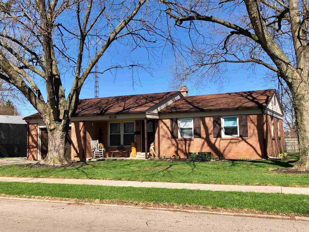 808 Chestnut Drive, Gas City, IN 46933